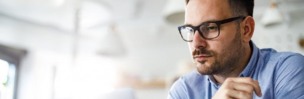 blog_feature-image_singlepost_860x280_man-with-glasses